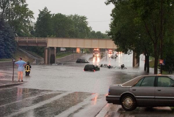 Crystal-MN-Roads-Flooding-Jun-25-2010-11