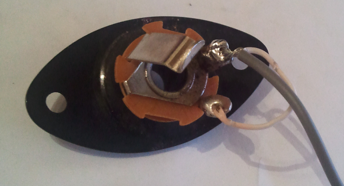 Electric Guitar Input Jack Wiring Diagram from www.natecarlson.com